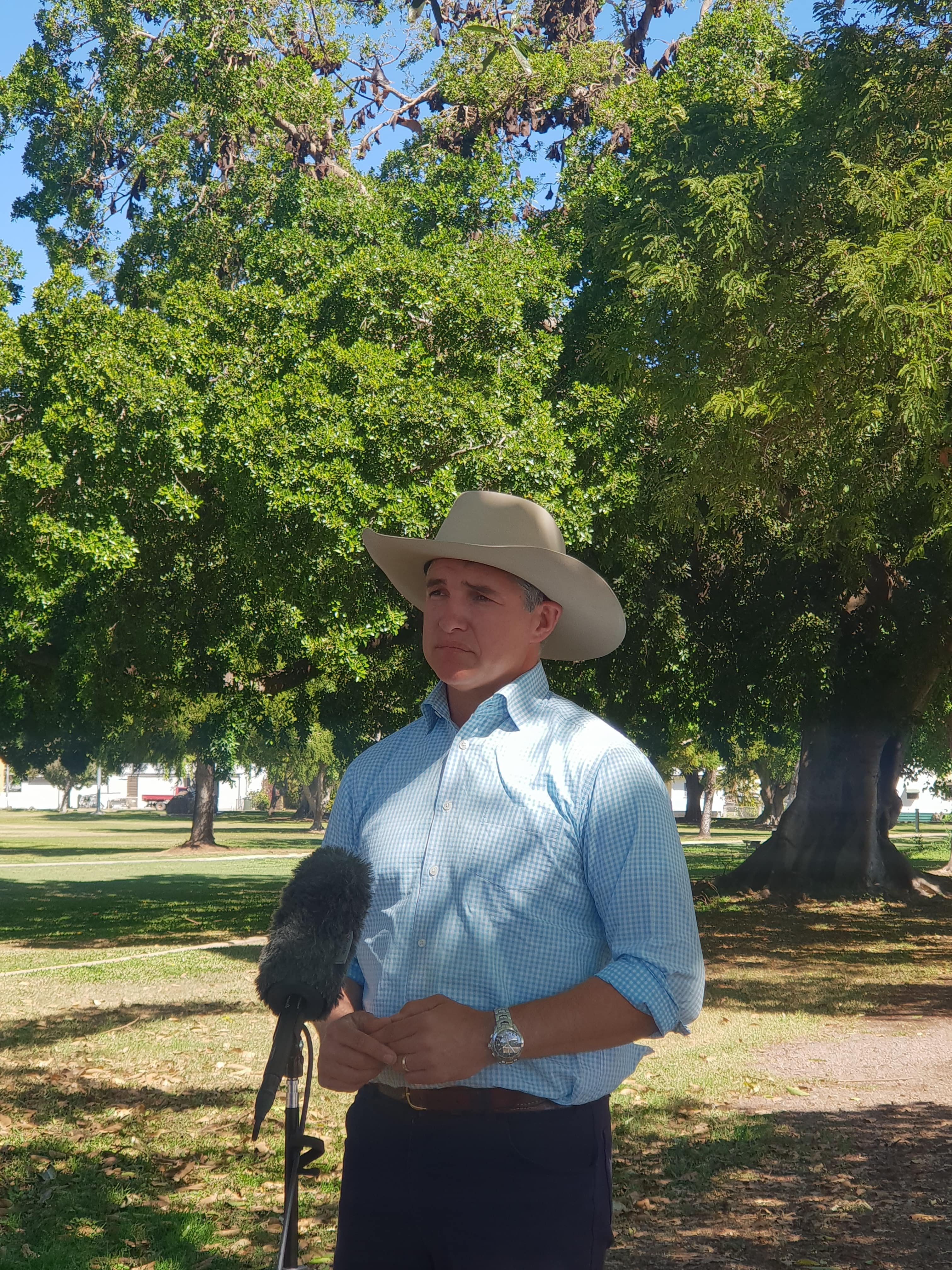 Traeger MP Robbie Katter Surounded By Bats At Lissner Park In Charters Towers 1 Min